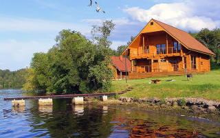 Сколько метров от водоема можно строить дом