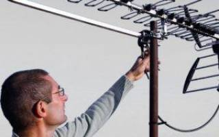 Как закрепить антенну на крыше частного дома
